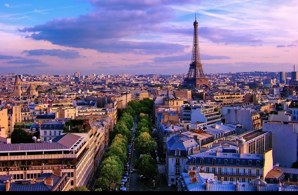 Luggage Transfer in Paris - We Collect & Deliver Anywhere in Paris
